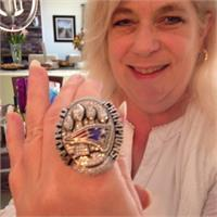 Susie Robson's profile image